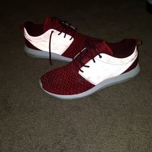Nike Shoes - Nike Roshe Run two Woven size 9 RED Running shoes